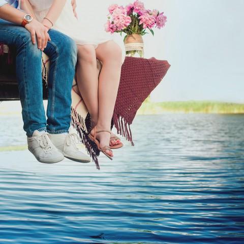 couple-river-bank
